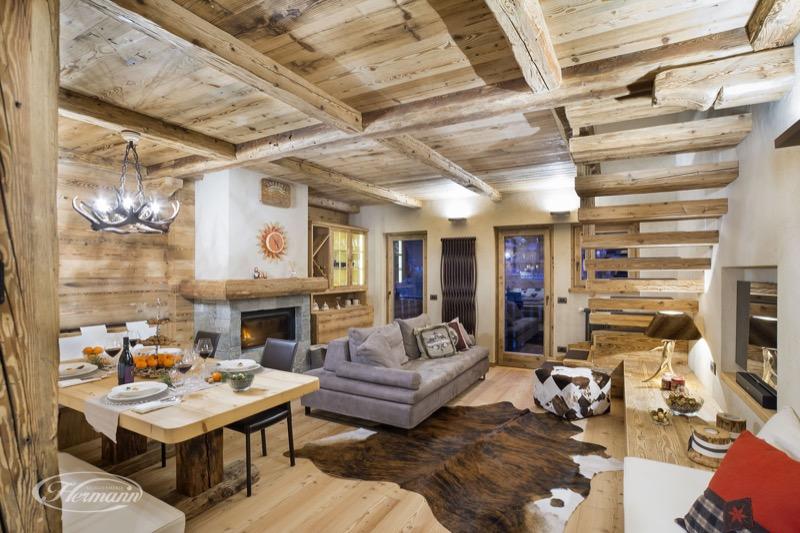 Arredamento rustico casa iniziale u mobili ue parete - Idee arredamento casa montagna ...