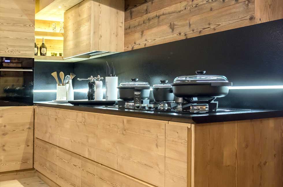 Cucine in legno naturale latest il legno massello di minacciolo with cucine in legno naturale - Cucine moderne in legno naturale ...