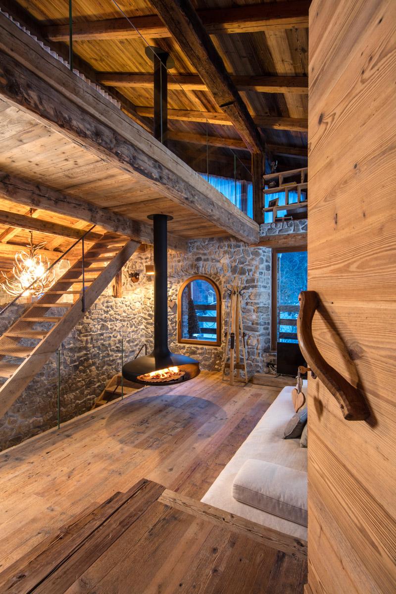 Falegnameria hermann casa averau for Foto di case antiche