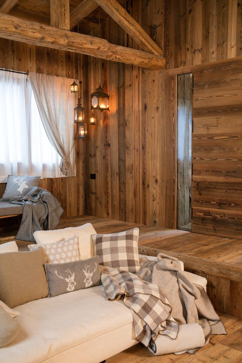 Falegnameria hermann casa averau - Rivestimenti legno interni ...